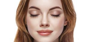 Окрашивание бровей одна из самых главных процедур