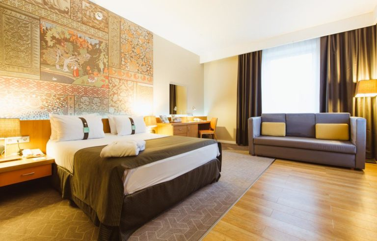 Остановка в гостинице Holiday Inn Moscow Tagansky по дороге в Венгрию