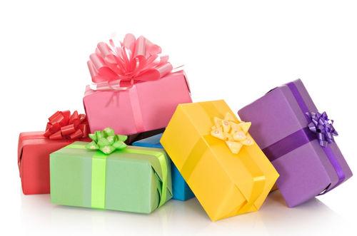 Готовим подарки к Новому году.