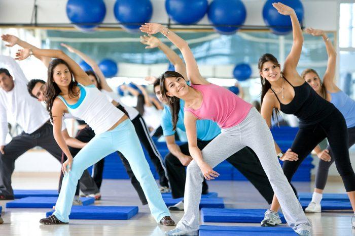 Фитнес клуб или занятия дома: что лучше