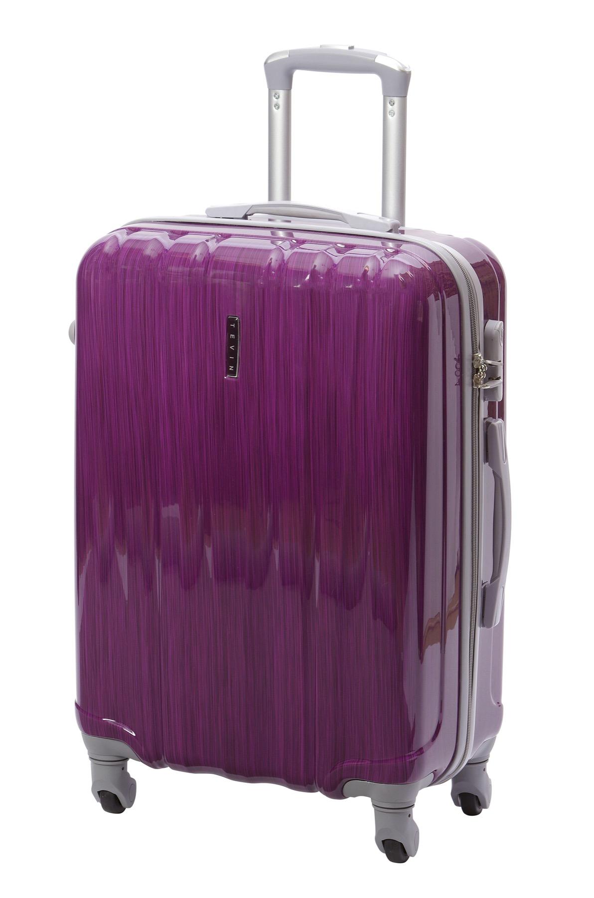 С вещами на выход: пакуем чемоданы